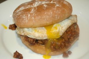 sloppy joe con juevos